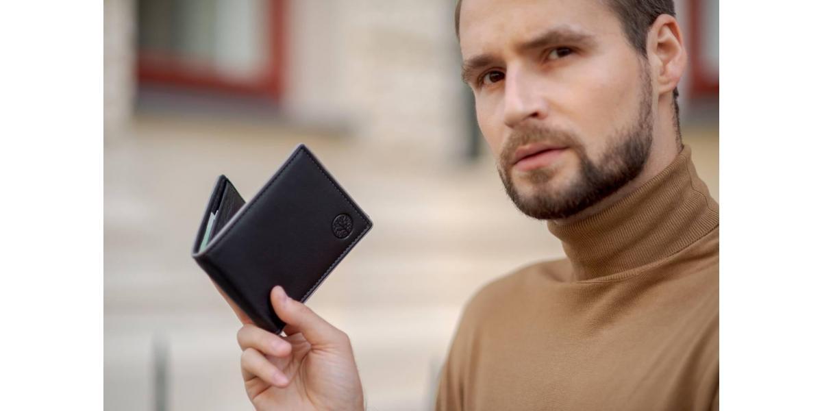 Jak wyczyścić skórzany portfel?