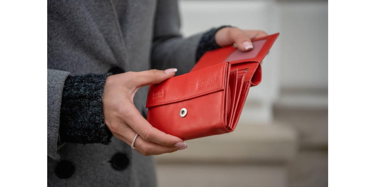 Portfele z ochroną kart zbliżeniowych – poczuj się bezpiecznie!